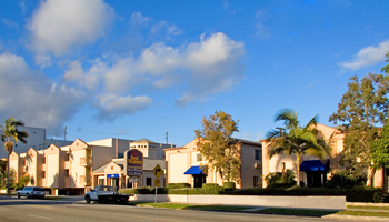 Book Best Western Royal Palace Inn Suites Los Angeles Usa