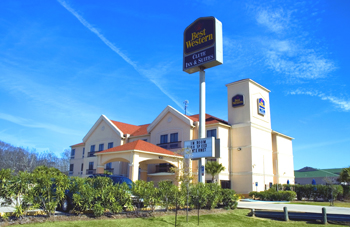 Best Western Clute Inn Suites