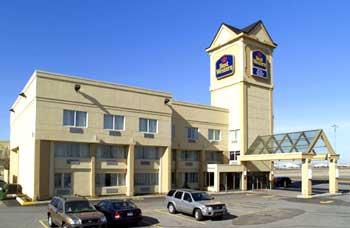 best western montreal airport hotel dorval qu bec best western hotels in dorval qu bec. Black Bedroom Furniture Sets. Home Design Ideas
