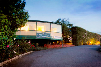 best western abel tasman airport motor inn launceston. Black Bedroom Furniture Sets. Home Design Ideas