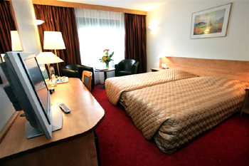 Best Western Amsterdam Airport Hotel Hoofddorp Netherlands Hotels In Reservations Deals Ore