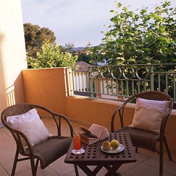 Best western soleil et jardin sanary sur mer france for Best western soleil et jardin sanary