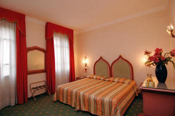 best western biasutti hotel venice italy best western hotels in venice italy reservations. Black Bedroom Furniture Sets. Home Design Ideas